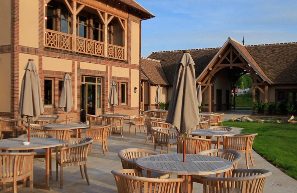 Club House Golf Parc Robert Hersant 11